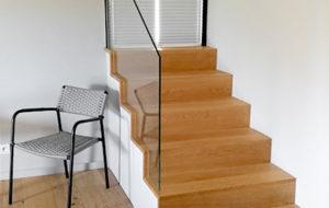 Escalier d'entrée et parquet